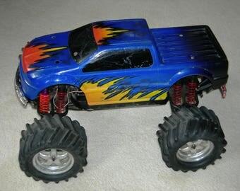 Traxxas E-MAXX Dual Engine 4x4 Monster Truck