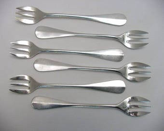 6 vintage oyster forks, silver plated, marked Wiskemann (Belgium)