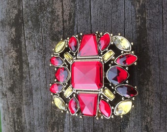 MONET GLASS BROOCH Gold Tone with Red & Yellow Glass