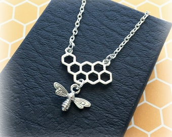 Silver bee and honeycomb necklace - Honey bee necklace - Bee charm necklace - Bee keeper gift - Bee jewellery - Bee keeping - Gift for her