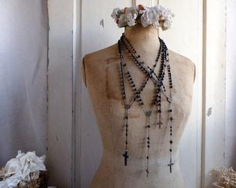 Set of 4 antique French black rosaries. Antique black wood bead rosaries. Black mourning rosary. French Nordic. Jeanne d'Arc lving
