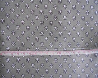 Pattern Provencal fabric grey 10cm x 50 cm