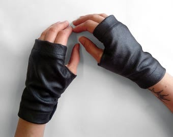 Black fingerless gloves faux leather vegan gothic driving gloves black arm warmers - WRP
