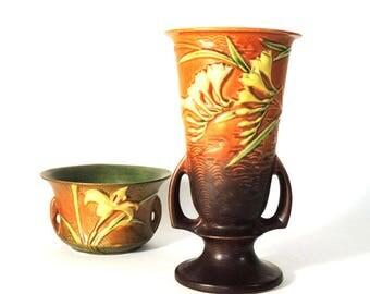 "Roseville Pottery ""Freesia"" 10 inch Vase circa 1945"
