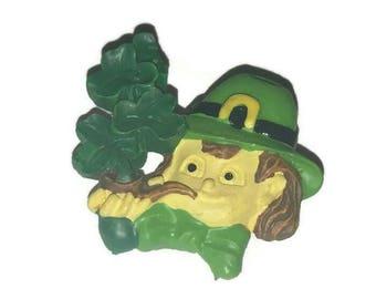 Vintage LEPROCHAUN Brooch SMOKING SHAMROCKS Pipe Plastic St Patricks Day Pin Kitsch Jewelry Lucky Clover Broach Irish Green Good Luck Gift