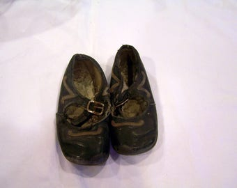Victorian era black leather baby shoes, hob nailed