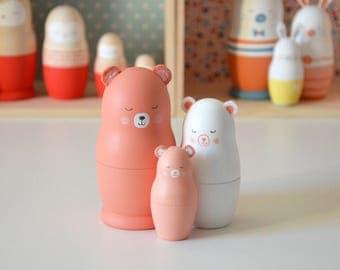 """Les poupées russes """"Famille Ours saumon"""""""