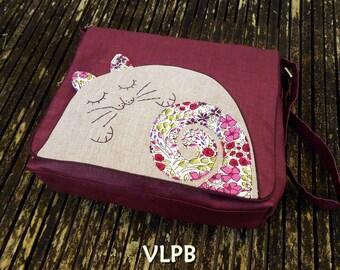 Grand sac besace lin enduit violet  et Appliqué MY CAT lin naturel et coton style Liberty violet