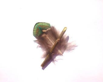1 small natural feather back Peacock 42 mm in length