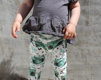 organic baby leggings . boom box leggings . toddler leggings . baby pants in music print . organic baby clothing . 80s . kids leggings