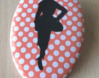 badge / brooch vintage silhouette fashion 04