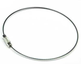 Cable Bracelet 1 black screw clasp