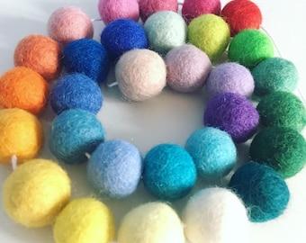 3m Rainbow felt ball garland