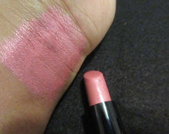 Pink hilight lipstick strawberry scented