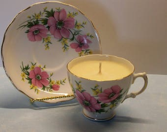 2 in 1 Gift Hyacinth Royal Vale Vintage Teacup and Saucer Soy Candle