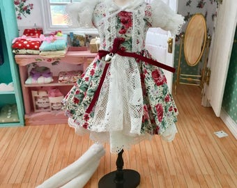 I am here outfit for pullip or blythe doll