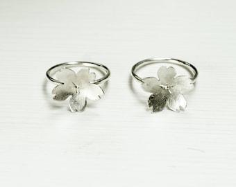 Sakura silver ring, cherry blossom ring, sakura ring, light ring, gift for Woman, Nature,