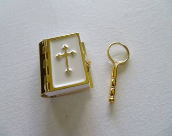 Miniature Bible and Magnifier.
