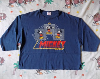 Vintage 90's Mickey Mouse cropped Jersey 3/4 sleeve T shirt, size M/L by Disney Wear USA made