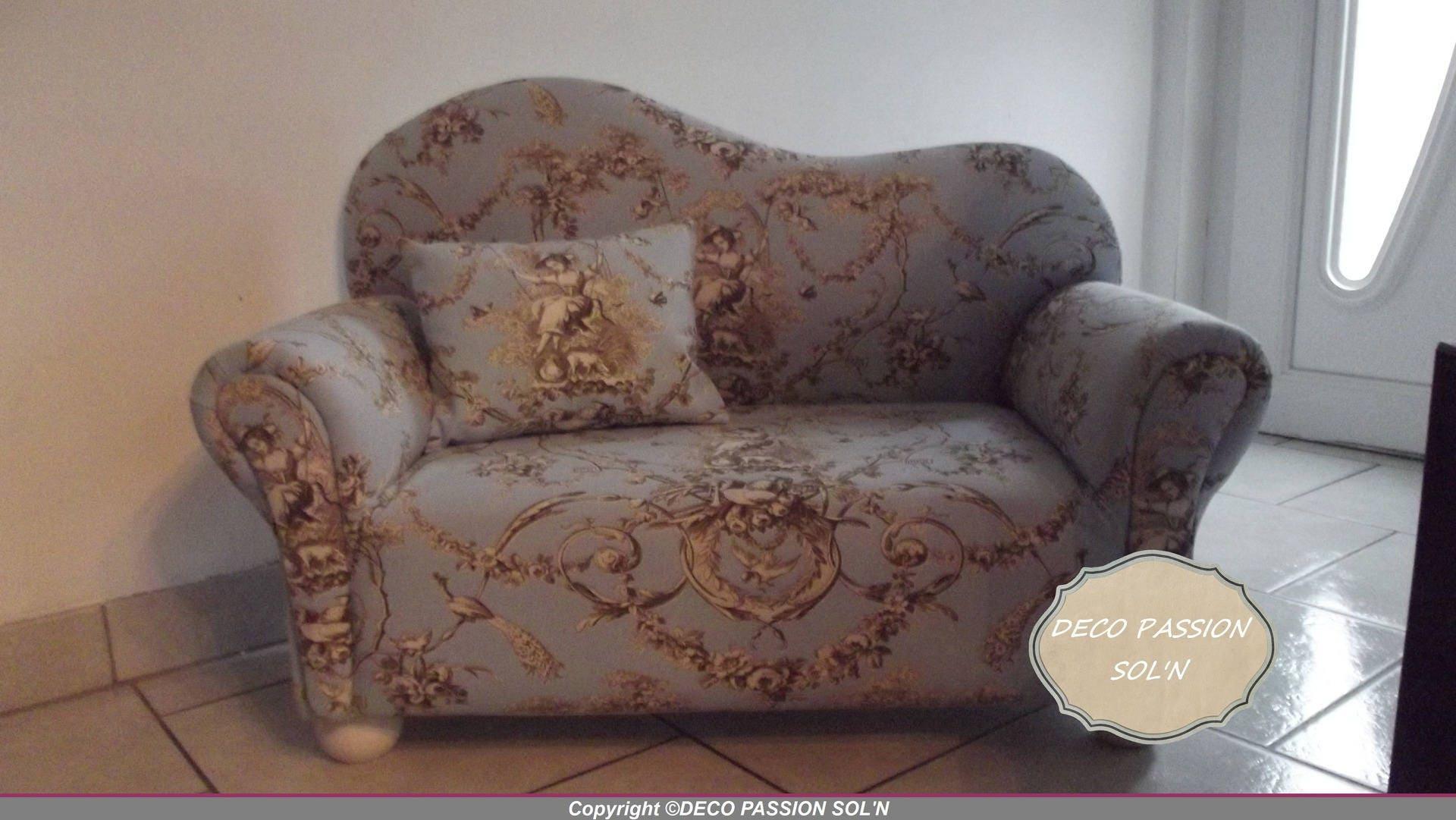 canape fauteuil toilde de jouy bleu et taupe pour chambre d. Black Bedroom Furniture Sets. Home Design Ideas
