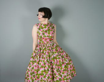 50s CALIFORNIA cottons dress in vivid green and PINK floral print - romantic Rockabilly Mid Centuryfull skirt cotton dress - S