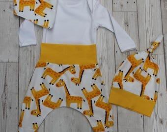 Peedie Boo Gender Neutral Baby Gift Set...Giraffes