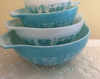 RESERVERED for Bette  Pyrex Turquoise Amish Butterprint Cinderella bowls vintage set of 4 mixing bowls