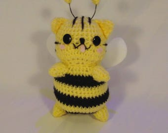 Buttermilk HoneyCat bvumblebee cat amigurumi plushie doll