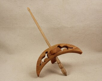 Weasel Turkish Drop Spindle 5 inch arms 8 inches tall