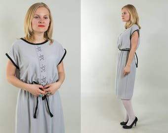 30% OFF Gray Secretary dress / Everyday dress / Simple summer dress / 1980's vintage