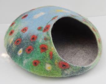 Handmade Felted Wool Cat Cave, Cat House. ''Poppy Field''. Made by Feltingstudio in Edinburgh, SCOTLAND.