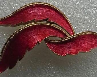 Vintage J.J Jonette Jewelry lapel pin/brooch leaf red enamel, textured  gold plated