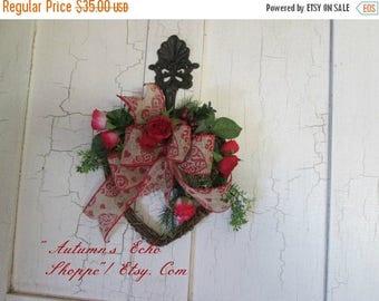 VALENTINE'S DAY Wreath~Valentine'S Day Wreath~Valentine's Decor Wreath~Heart Wreath~ Whimsical Decor Wreath~Heart Shaped Wreath~Valentine's