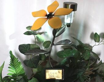 Valentine's Flower Solar Light - Garden Stake