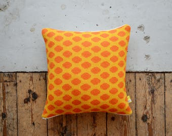 PDF Download - Two Tone Hand Knitted Pip Pattern Cushion Cover