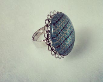 Silver ring 25mm cabochon glass and turquoise lace
