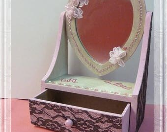 """P' Titus baroque table dressing """"Heart happiness"""" painted wood vanity brushes, clips, headbands, jewelry or not..."""