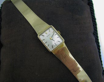 a339 Gorgeous 14k Yellow Gold Ladies 1970's Rolex Watch with Cal. 1400 Movement