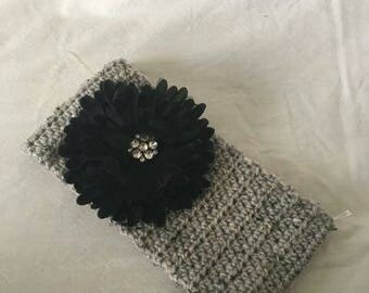 Headband with Detachable Flower Pin