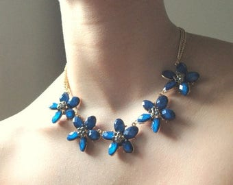Floral necklace and earrings set, glass beads and crystals, blue necklace, bib necklace, gift for her.