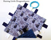 Doctor Who - Ribbon tag blanket made w/ Doctor Who TARDIS print, infant sensory toy, baby blanket