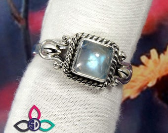 Rainbow Moonstone Ring, Moonstone Ring, Handmade Ring, Gemirthstone Ring, Unique Ring, Designer Ring, Silver Ring, Birthday Gift Ring, Rings