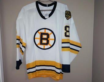 f79912d9527 ... Boston Bruins Vintage Hockey Jersey NHL CCM 80s 90s Cam Neely 8 Bobby  Orr Bourque Esposito ...
