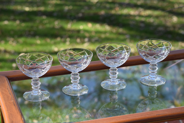 Criss Cross Drinks Glasses