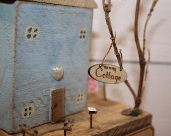 "Beautiful miniature house - ""Sunny Cottage"""