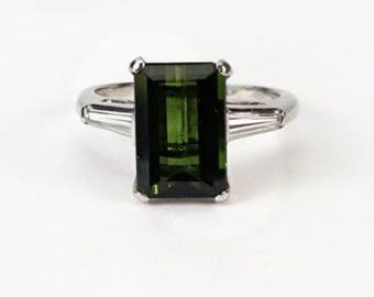 A Green Tourmaline and Diamond Ring, Platinum