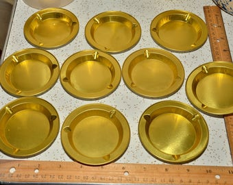 set of 10 vintage ashtrays lightweight gold color metal stacking ash trays stackable 1970's disposable or reusable ashtray ash tray