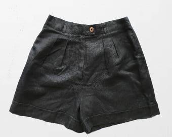 Hight Waisted Light Shorts /Black