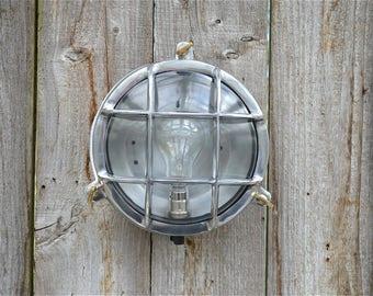 Stylish round polished metal marine style bulkhead wall light nautical ships lamp