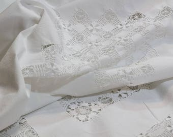 White Linen And Lace Tablecloth, Round / Oval Tablecloth, Drawn Work Lace,  Cottage